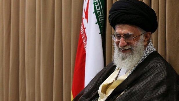شعر لسانالغیب از نگاه رهبرانقلاب/ حافظ فقط یک شاعر خوب نیست