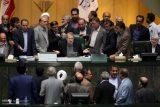 دلایل مخالفان وموافقان طرح۲فوریتی/لزوم توجه به گزارش کمیسیون ویژه