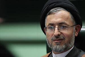 نمایندگان خوزستان باید با تشکیل کار گروههای تخصصی و بیان مستندات علمی و فنی دولت را نسبت به عدم انتقال اب از سر شاخه ها مجاب و ملزم نمایند
