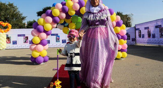 دختر ۳ ساله به آرزوی بادکنکی خود رسید/امید دشمن سرطان
