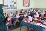 طرح تعیین و تکلیف معلمین حق التدریسی، آموزشیاران نهضت سوادآموزی و پیش دبستانی تصویب شد
