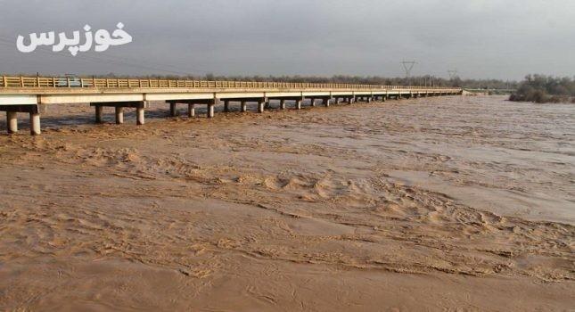 سیلاب همچنان رفیع و بستان خوزستان را تهدید می کند