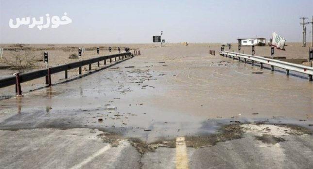 جاده اهواز – آبادان به علت سیلاب بسته شد