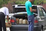 پمپ بنزیهای اندیکا جایگاه خدمات رسانی به مردم ویا فروشندگان غیرمجاز سوخت؟!